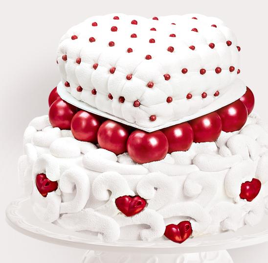 Tort Pentru Nunta Inima Din Velvet